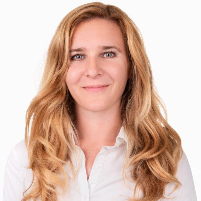 Picture of team member - Elena Hlavatovicova